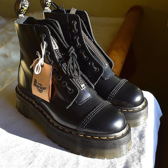 Dr Martens Sinclair Smooth Leather